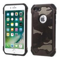Maskovacie hybridný odolný obal na iPhone 7 a 8 - coffee