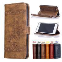 AntikFlower PU kožené puzdro pre mobil iPhone 8 a iPhone 7 - hnedé