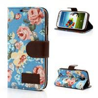 Kvetinové puzdro pre mobil Samsung Galaxy S4 - modré pozadie