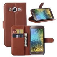 Kožené peňaženkové puzdro na Samsung Galaxy E5 - hnedé