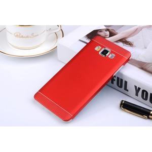 Červený kovový kryt pre Samsung Galaxy A3 - 1