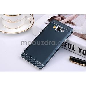 Tmavě modrý kovový kryt na Samsung Galaxy A3 - 1