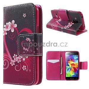 Zapínací peněženkové pouzdro na Samsung Galaxy S5 mini - květinové srdce - 1