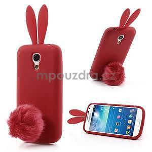 Silikonový obal na Samsung Galaxy S4 mini - červený králík - 1