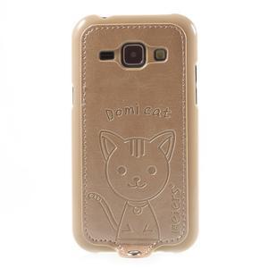 Obal s koženkovým chrbtom a mačičkou Domi pre Samsung Galaxy J1 -  zlatý - 2