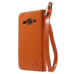 Koženkové puzdro s mačičkou Domi na Samsung Galaxy J1 - oranžové - 2
