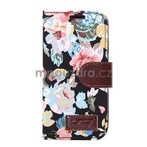 Kvetinové peňaženkové púzdro na HTC One Mini 2 - čierne - 2