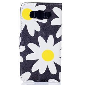 Knížkové pouzdro na mobil Samsung Galaxy J5 (2016) - sedmikrásky - 2