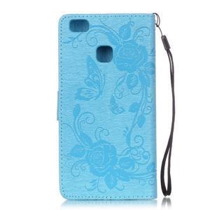 Kvetinové motýle peňaženkové puzdro na Huawei P9 Lite - svetlomodré - 2