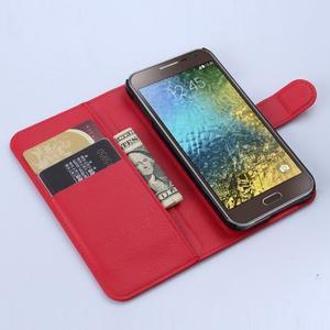 Kožené peňaženkové puzdro na Samsung Galaxy E5 - červené - 2