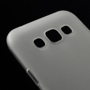 Matný gélový obal na Samsung Galaxy E5 - biely - 2