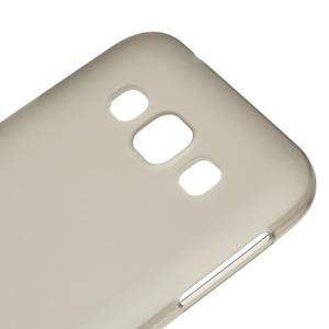 Matný gélový obal na Samsung Galaxy E5 - šedý - 2
