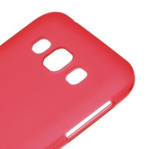 Matný gélový obal na Samsung Galaxy E5 - červený - 2