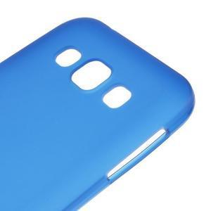 Matný gélový obal pre Samsung Galaxy E5 - modrý - 2