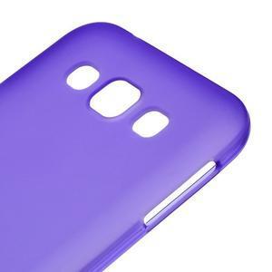 Matný gélový obal na Samsung Galaxy E5 - fialový - 2