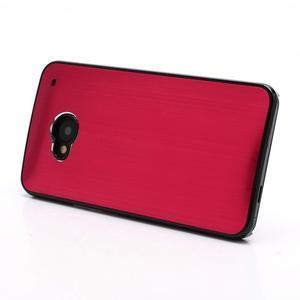 Broušený hliníkový plastový kryt pre HTC One M7 - červený - 2