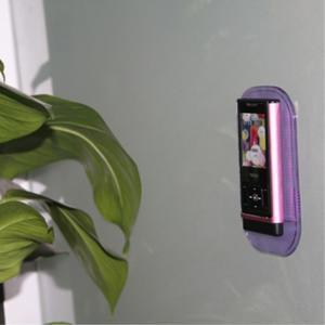 Protiskluzová podložka do auta na mobil - fialová - 2