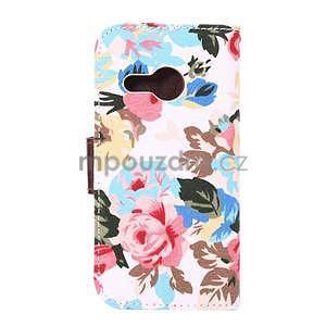 Kvetinové peňaženkové púzdro na HTC One Mini 2 - biele - 3