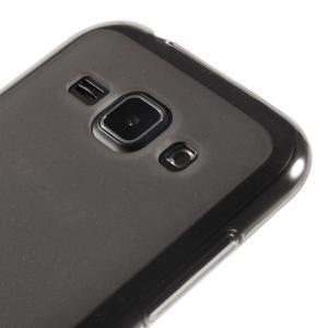 Matný gélový obal na Samsung Galaxy J1 - šedý - 3