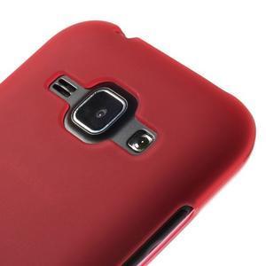 Červený matný kryt pre Samsung Galaxy J1 - 3