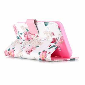 Pictu peňaženkové puzdro pre Samsung Galaxy J5 - kvety - 3