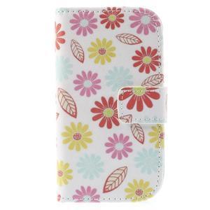 Knížkové puzdro pre mobil Samsung Galaxy S3 mini - kvety - 3