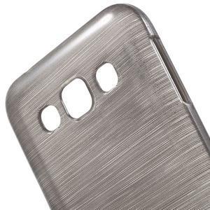 Broušené gélový kryt pre Samsung Galaxy E5 - šedý - 3