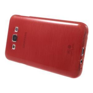 Brúsený gélový obal pre Samsung Galaxy E7 - červený - 3