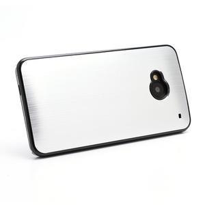 Broušený hliníkový plastový kryt na HTC One M7 - strieborný - 3