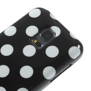 Čierny puntíkatý gélový obal pre Samsung Galaxy S5 mini - 3