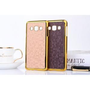 Elegantný obal pre Samsung Galaxy A3 - fialový se zlatým lemem - 3