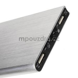 Luxusná kovová externá nabíjačka power bank 12 000 mAh - strieborná - 4
