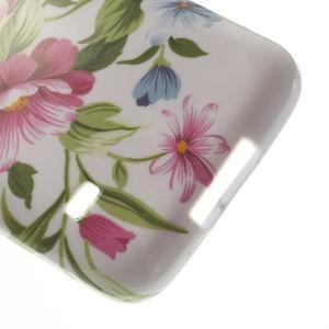 Softy gelový obal na Samsung Galaxy S5 mini - květiny - 4