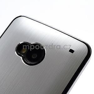 Broušený hliníkový plastový kryt na HTC One M7 - strieborný - 4