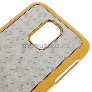 Strieborné elegantní plastové puzdro se zlatým lemem pre Samsung Galaxy S5 mini - 4