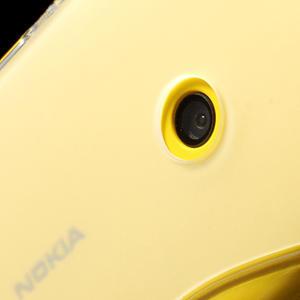 Gélové S-line puzdro na Nokia Lumia 520- transparentný - 5