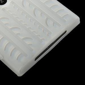 Silokonové PNEU puzdro na Nokia Lumia 920- biele - 5