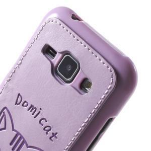 Obal s koženkovým chrbtom a mačičkou Domi pre Samsung Galaxy J1 - fialový - 5