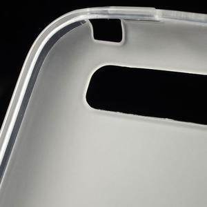 Matný gelový obal na BlackBerry Classic - bílý - 5