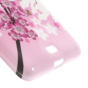 Soft gélový obal na Microsoft Lumia 535 - kvetoucí větvička - 5