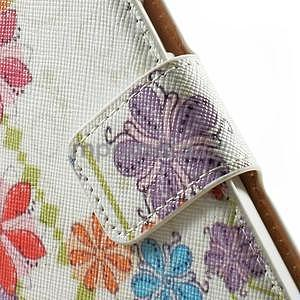 Peňaženkové zapínací puzdro na Samsung Galaxy A5 - farebné květiny - 5