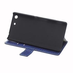 Peňaženkové puzdro s textúrou krokodílej kože na Sony Xperia M5 - tmavomodré - 6
