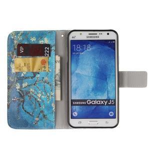 Standy peněženkové pouzdro na Samsung Galaxy J5 - kvetoucí strom - 7