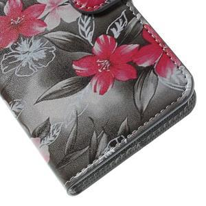 Valet peněženkové pouzdro na Acer Liquid Z530 - červené květy - 7